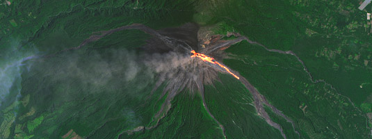Landsat-8 image (resolution 15 m, 7.9.2016), Volcán de Fuego, Guatemala, © 2016 USGS, NASA - Guatemala's Volcán de Fuego, one of Central America's most active volcanoes, is almost constantly active and the latest bout of higher activity began on 4 September 2016.